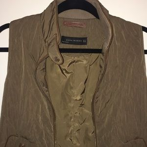 Zara Woman Olive and brown winter quilted vest!